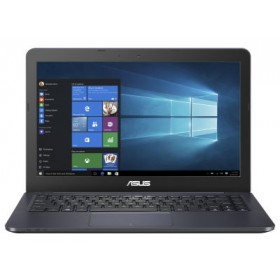 ASUS UX430UQ-GV209R- Laptop - Intel Core i7-7500U 2.7 GHz - 14'' FHD - Windows 10 Home