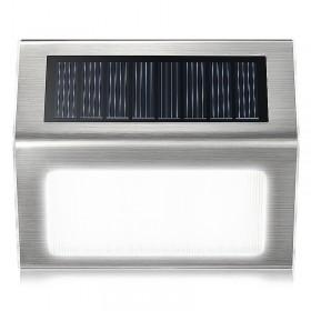 Ηλιακό φωτιστικό εξωτερικού χώρου
